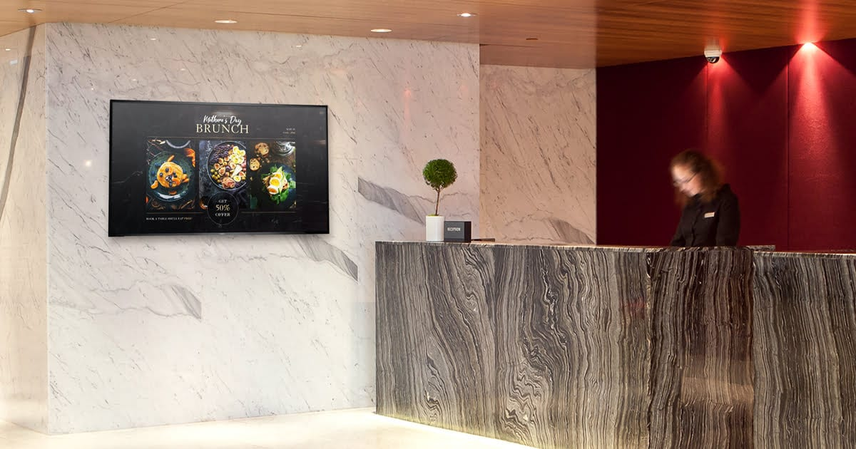 Hotel digital signage with happy hour info